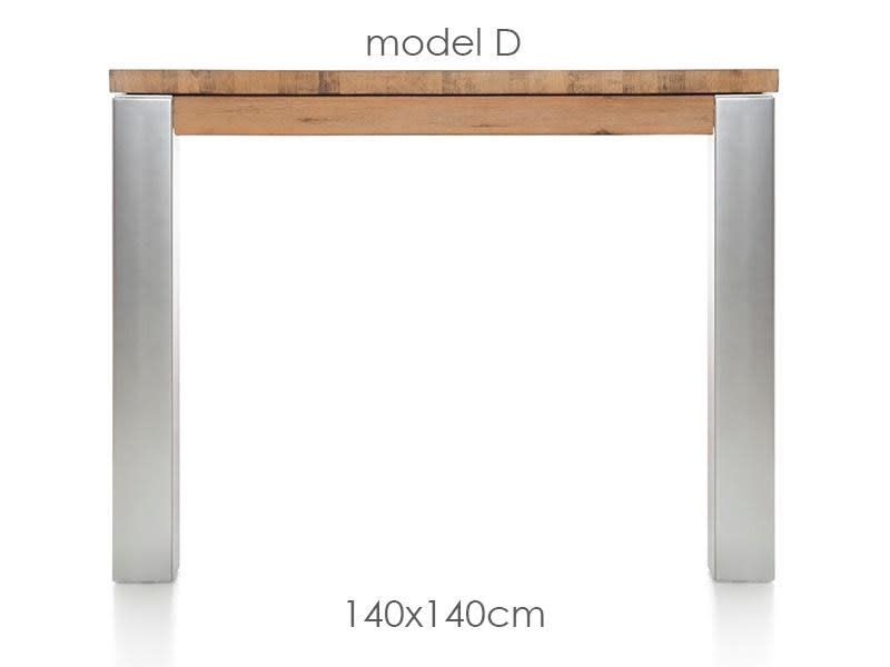 A La Carte - table 140 x 140 cm - dirk