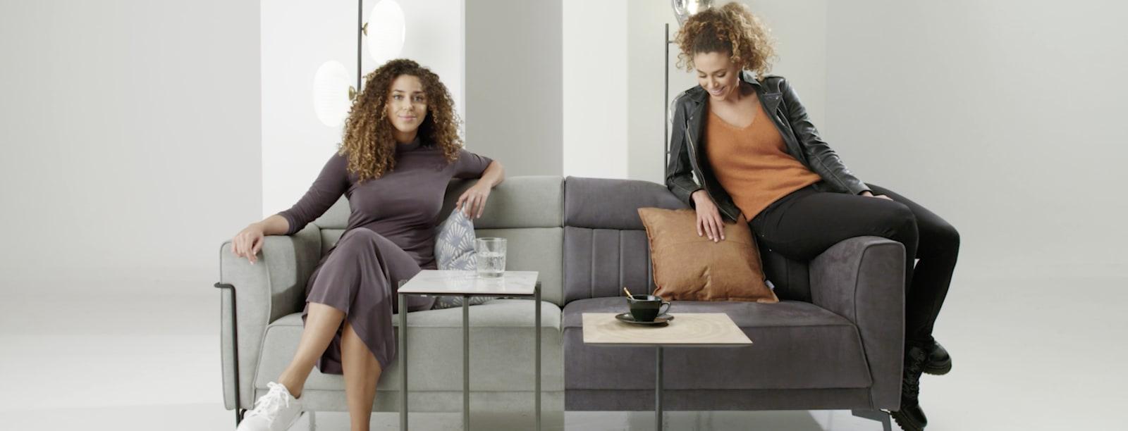 1 canapé, 2 styles différents