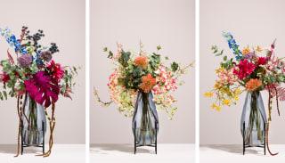 Hoe schik je een boeket met kunstbloemen?
