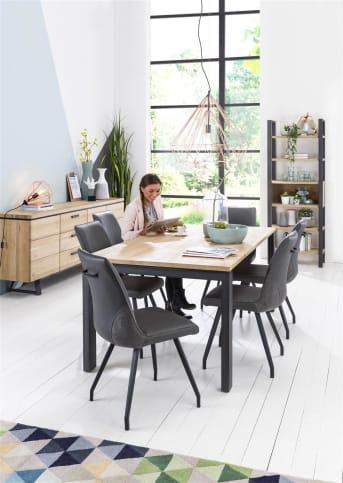 """<a href=""""/hm/stoelen/eetkamerstoelen/"""">Eetkamerstoel</a> Laurelle van Happy@Home heeft een trendy eigentijdse look. Dit komt mede door het gebruik van zowel een lederlook als stof in de bekleding. De zwarte poten zorgen voor een vleugje design. Een heerlijke stoel voor gezellige uurtjes aan tafel. In dezelfde serie is ook een barstoel verkrijgbaar."""