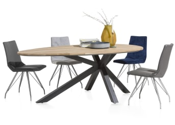 """<a href=""""/xn/stoelen/eetkamerstoelen/"""">Eetkamerstoel</a> Artella is een bijzondere stoel, waarvan de zitting bestaat uit twee verschillende soorten stof. In principe kunt u deze combinatie helemaal zelf samenstellen en dat geldt ook voor het onderstel. Toch heeft Xooon alvast een paar voordelige standaardcombinaties gekozen, zoals deze stoel die bestaat uit de stoffen Moreno (achterzijde) en Forli (voorzijde) en vier strakke poten van RVS."""