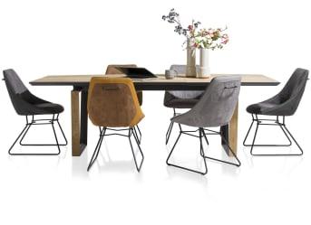 """Uitschuiftafel """"DARWIN"""" heeft een fijn formaat van 190 x 100 cm en is uit te schuiven tot 280 x 100 cm. Tafel """"DARWIN"""" past daarmee in vele interieurs. """"DARWIN"""" is vervaardigd uit 2 soorten materiaal, wat de tafel een moderne look geeft. Het zwart in combinatie met het lichtgekleurde hout geeft """"DARWIN"""" een spannende uitstraling!"""