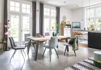 La chaise de salle à manger «ARTELLA» est une chaise moderne avec une assise agréable et un piétement élégant. «ARTELLA» est disponible en différentes couleurs fraîches, notamment gris et menthe. Grâce à la combinaison de ces couleurs et des 4 pieds noirs, la chaise trônera parfaitement autour d'une table à manger aussi bien dans les intérieurs modernes que dans les intérieurs au style scandinave.