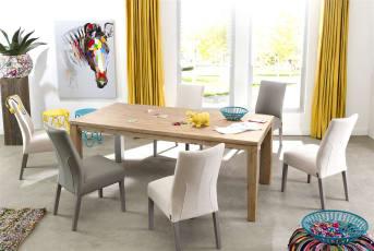 Opvallend aan deze vierkante houten bartafel uit de A la Carte collectie van Henders & Hazel zijn de tafelpoten van rvs. Dit geeft het geheel een stoere look met een vleugje design. Het tafelblad kan in 8 verschillende houtkleuren geleverd worden. Je kiest dus zelf welke kleur het beste bij je interieur past.