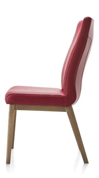 """Deze lederen Sono <a href=""""/hm/stoelen/eetkamerstoelen/"""">eetkamerstoel</a> van Happy@Home heeft robuuste beukenhouten poten en een handgreep op de rugleuning. De beukenhoutenpoten zijn in 12 verschillende houtkleuren leverbaar. Ook voor de leren bekleding zijn er diverse kleuren en soorten mogelijk. Binnen deze collectie van Happy@Home stel je zelf de eettafelstoel samen die het beste binnen je interieur past. Het onderstel, wel of geen greep en de uitvoering van de greep, de bekleding, er zijn eindeloze variatiemogelijkheden om je Sono eetkamerstoel te ontwerpen."""