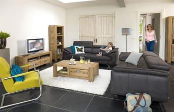 Dieses Sofa 2.5-Sitzer Havanna von Henders & Hazel mit 2,5 Sitzplätzen ist ein modernes zweisitziges Sofa in Leder und Stoff in zeitgemäßer Optik. Eine schöne Option ist die einstellbare Sitztiefe. Praktisch ist auch, dass das Sofa in zwei Sitzhöhen erhältlich ist. Das macht es zu einem schönen Sofa für lange Leute.