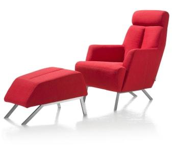 Der Designer Sessel SUNDERLAND ist der ideale Sessel für einen entspannten Abend. Bevorzugst du Stoff oder Leder für deinen Designersessel? Ein knalliges Rot, ein flippiges Grün oder ein gedämpftes Beige? Du hast die freie Wahl! Das Design dieses modernen Sessels kommt in nahezu jedem Wohnzimmer perfekt zur Geltung. Der Designer Sessel verfügt über vier schwarze Beine aus edlem und rostfreiem Stahl. Schnappe dein Lieblingsbuch, mache es dir in deinem Designer Sessel SUNDERLAND bequem und vertiefe dich in die Lektüre!  Wähle den passenden Fußhocker mit gleichem Namen für noch mehr Entspannung! Nutzbar für müde Beine oder als zusätzliche Sitzgelegenheit. Selbstverständlich kann der Fußhocker SUNDERLAND auch als eigenständiges Möbelstück erworben werden. Entspanne dich gut in Ihrem komfortablen Designer Sessel SUNDERLAND.