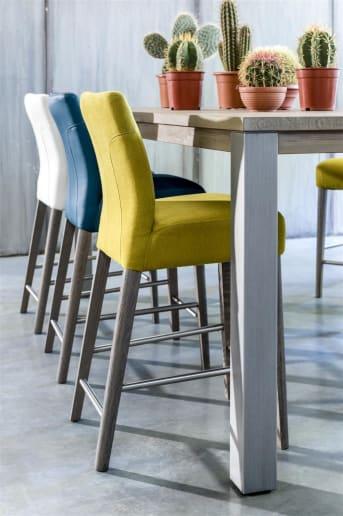 """Deze rechthoekige houten <a href=""""/hh/tafels/bartafels/"""">bartafel</a> van A La Carte bestaat uit een tafelblad van 160 x 90 cm en heeft metalen poten. Mocht je liever een andere maat en houten poten willen? Dan kan dat. Henders & Hazel biedt je met dit programma de mogelijkheid om zelf je bartafel, eetkamertafel en salontafel samen te stellen uit diverse losse componenten."""