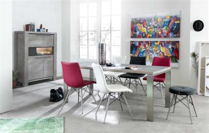 Assortir des chaises dépareillées : comment éviter les fautes de goût ?