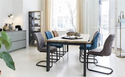 Grande pièce à vivre : comment délimiter salon et salle à manger ?