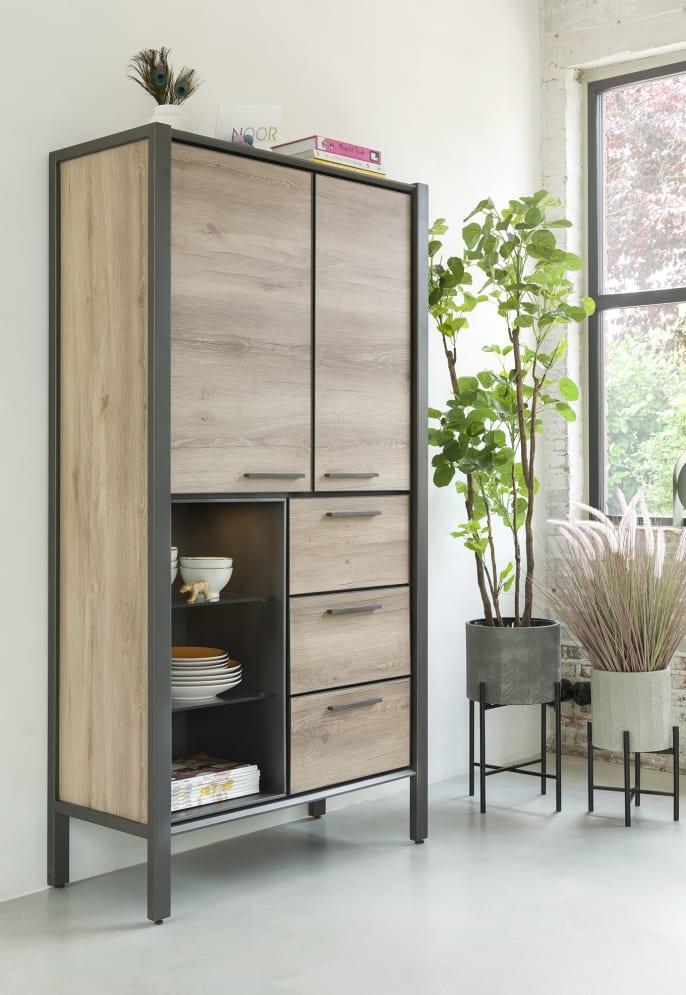 Armoires : un mobilier de salon plus discret qu'il n'y parait