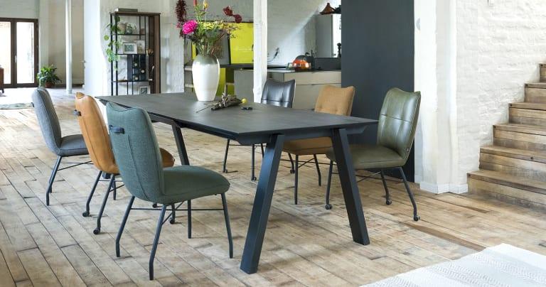 Quelle table choisir pour une salle à manger chaleureuse ?